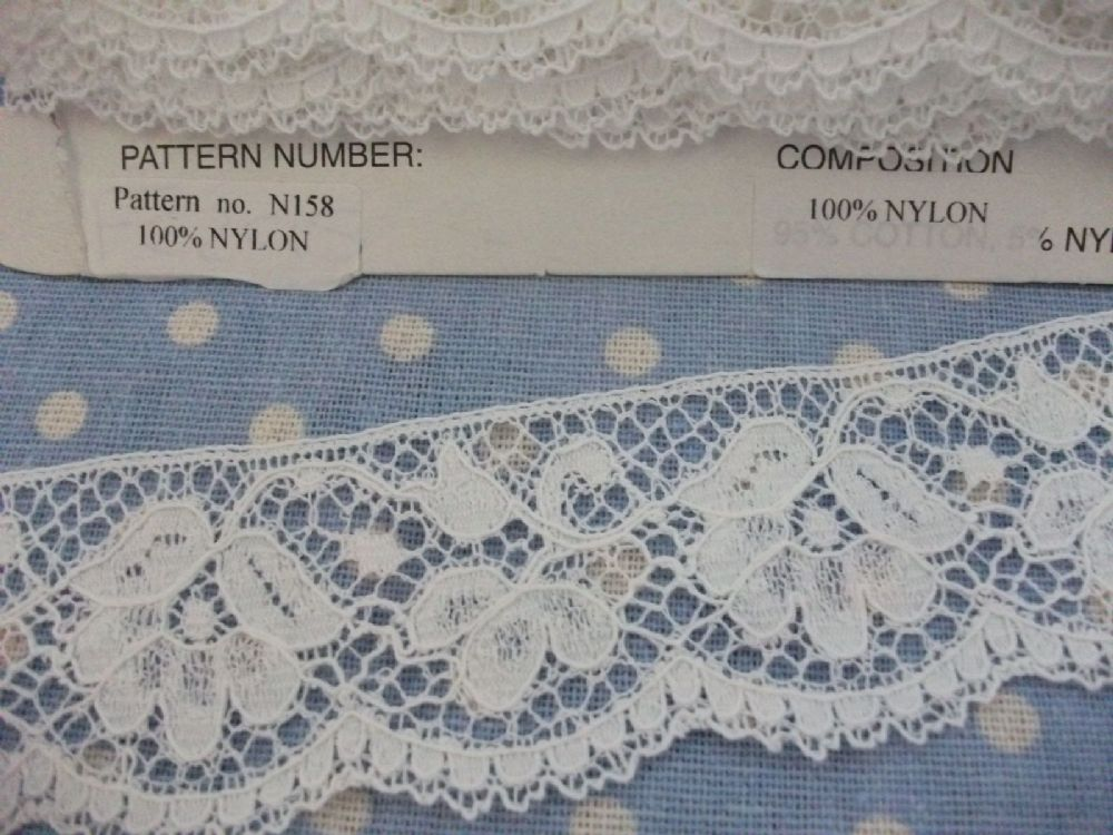 N158 Off White Nylon Cluny Nottingham Leavers Lace